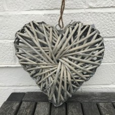 Gisela Graham woven willow heart decoration