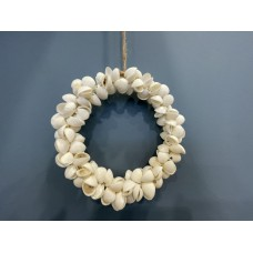 Gisela Graham Clam shell mini hanging wreath